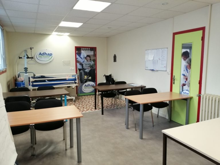 La salle de formation à Braine dans nos locaux Adhap service.